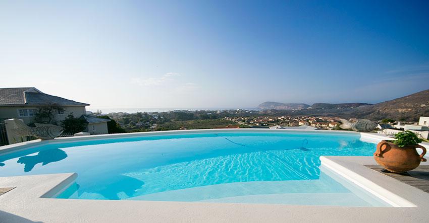 Swimming Pool Build